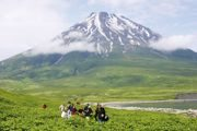 c David Mannix - Courtesty of Aurora Expeditions - Kamchatka Volcano